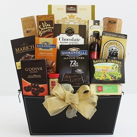 Image 0 of Sweet & Savory Connoisseur: Gourmet Gift Basket